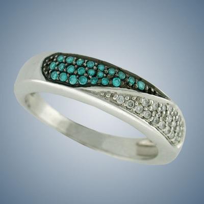 Кольцо с белыми и синими  бриллиантами